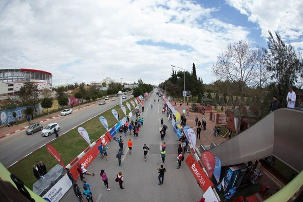 Bence organizasyonu özetleyen kare. Foto: Norbert Wilhelmi - Runners World.de