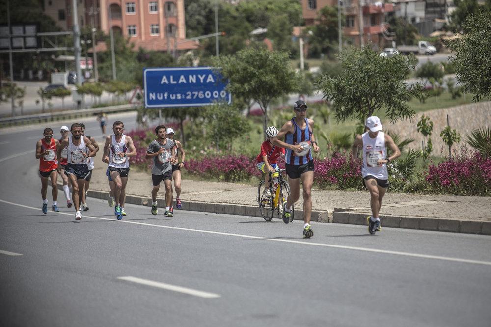 Lider grup Alanya çıkışında, yaklaşık 3km Foto: Nuri Yılmazer