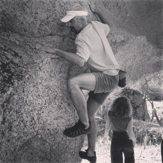 33. Blokta, Boulder sisteminde 3 derece olduğu rivayet edilen rotada. Sit Start yapamasam da, birkaç kere tekrarladım:))