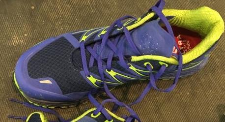 Ultra Endurance'ın topuk ve ortası sıkı sarıyor. Ayağın ön bölümü ise geniş. Uzun saatler sonra parkur çok rahat edecektir.